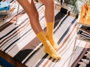 Terletmeyen Çorap Hangisidir?