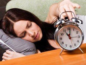 Uykusuzluğun zararları nelerdir? Çözümü ve tedavisi nasıl olur?