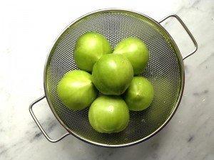 Yeşil domates zararlı mı? Yenir mi?