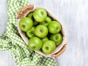 Yeşil Elma Diyeti Nasıl Yapılır? Zararları Var mı? Yorumları Nelerdir?