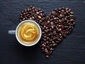 Zayıflama Kahvesi Tarifi Nedir? Nasıl Yapılır? Kullananlar Var mı?